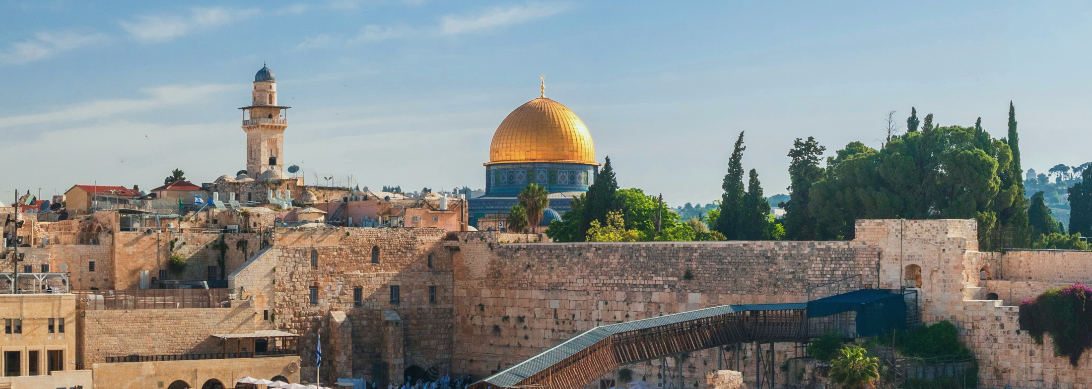 Galileja – Nazaret – Genezaretsko jezero – Gileadsko gorje – Madaba – Amman – Petra – Mrtvo more – Jeruzalem – Betlehem – Maslinska gora